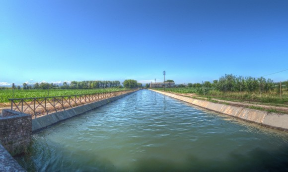 Canale Cavour da Via Varallino HDR Mantiuk06