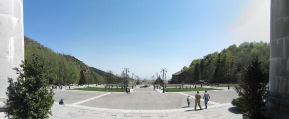 Santuario di Oropa - Strada di accesso dalla chiesta