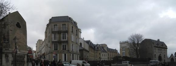 Montmartre - Rue du Cardinal Guibert