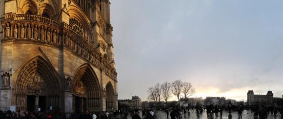 Parigi - Piazza Notre Dame